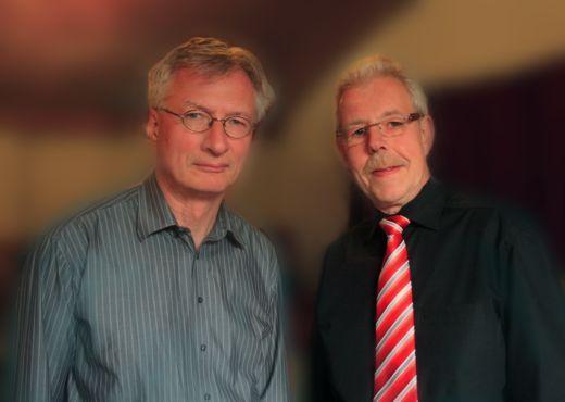 Chorleiter Helmut Lammel mit Sängervorsitzendem Bernhard Marschig