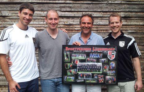 Mannschaftskapitän Markus Knies, 1.Vorstand Christian Gall, Jörg Tauchmann, Abteilungsleiter Fußball Markus Kraus